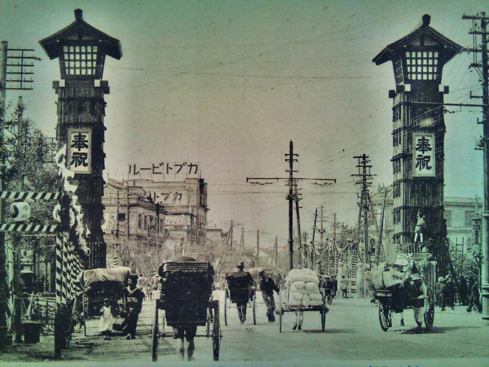 京橋・街角展覧会