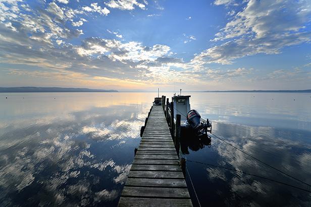 作品紹介 / 柴田祥『heavenly blue / 上北郡東北町小川原湖』